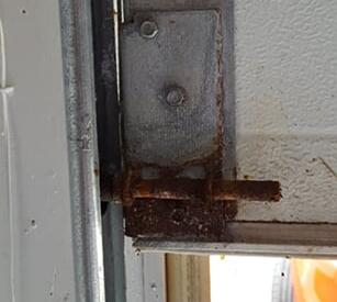 Rusted Bottom Bracket